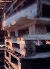 Caixotes (Marcos A.G. Carneiro) Tags: caixotes