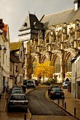 La ville et l'eglise (_Tophee_) Tags: france eure nikonian pontdelarche nikoniste normanadie pontdelarchenikond300nikkor1685