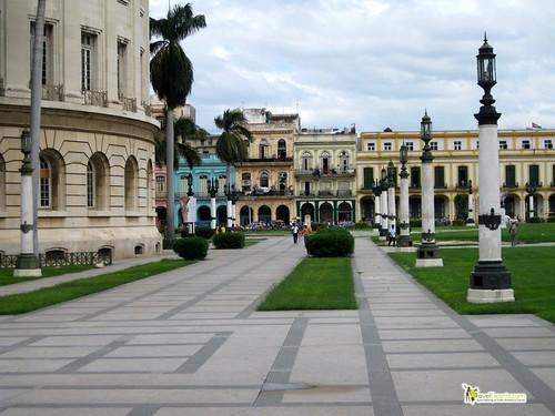 Cuba Capital Builiding - Havana Centro