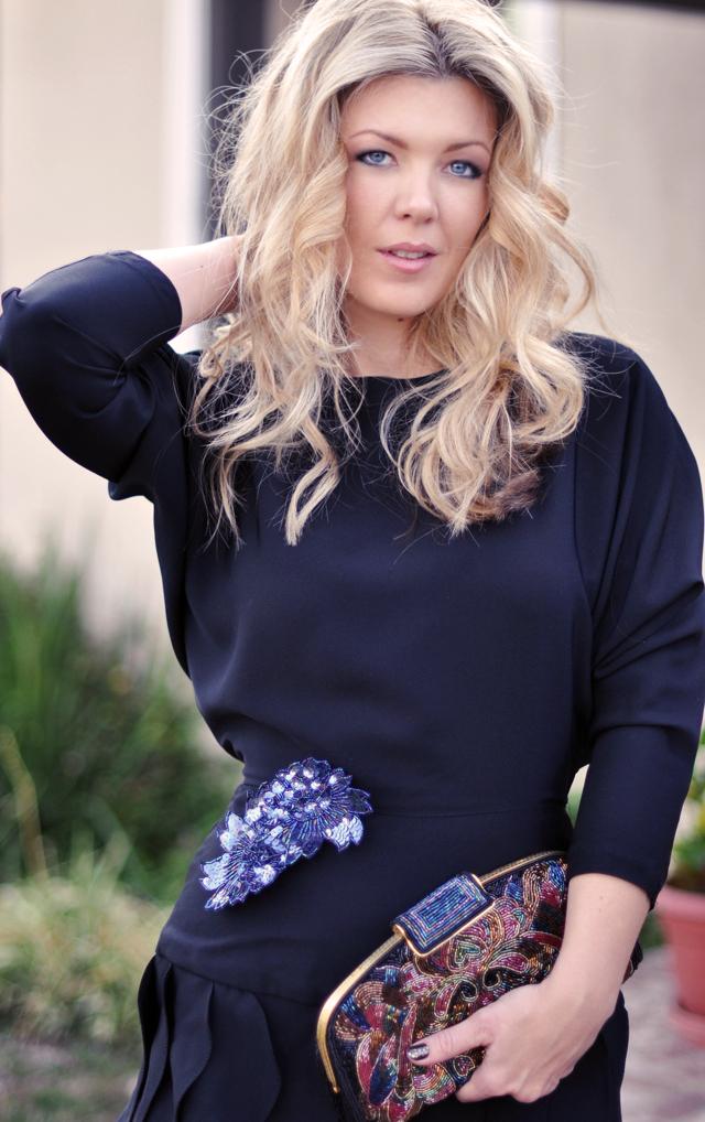 vintage black dress - sequin pins - beaded bag-waved hair