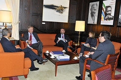 Assistant Secretary General Meets with EEAS Managing Director for the Americas (OEA - OAS) Tags: eu ue leffler oas oea organizationofamericanstates eeas ramdin organizacindelosestadosamericanos europeanexternalactionservice