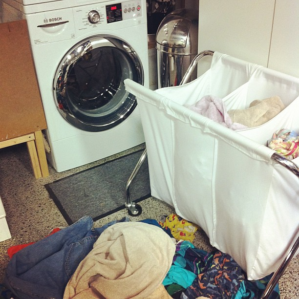 10 on 10 #9 Came home and laundry has piled up. Why am I doing laundry this late?