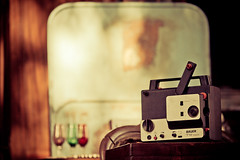 Palermo - Vintage projector (manlio_k) Tags: canon vintage projector mercato antiquariato fleamarket retr proiettore modernariato 600d palemo