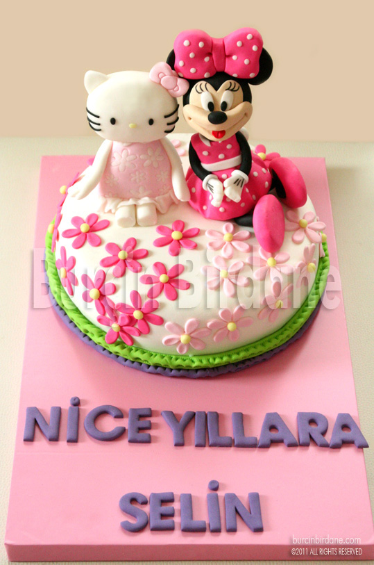 Hello Kitty Minnie Mouse Pastasi