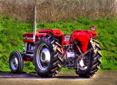 tractor - Copy (darrenellis1969) Tags: tractor photomatix tonemapping