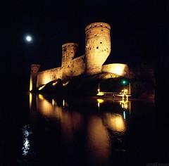 Olavinlinna Castle (zkvrev) Tags: castle night suomi finland noche nuit castillo nit finlandia savonlinna castell olavinlinna chteau