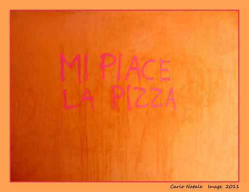 Mi piace la pizza - I like pizza