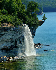 """Spray Falls""  Michigan's Pictured Rocks National Lakeshore (Michigan Nut) Tags: usa lake reflection landscape geotagged photography waterfall nationalpark rocks seagull pictured cliffs exotic national shore lakesuperior sprayfalls picturedrocksnationallakeshore johnmccormick hikingmichigan michiganwaterfalls michigannutphotography nikonnikkor70300mmf4556gedifafsvrtelephotozoomlens july32011 beaverbasinwilderness"