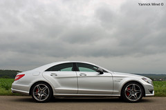 CLS 63 AMG (yannickminet) Tags: auto new red field car sport sedan silver landscape photography mercedes photo automobile shoot photographer photoshoot belgium belgique belgie linden performance dream engine belgi automotive super voiture 63 minet h pack fields vehicle brakes packet 300 pk carbon 55 nuages brand saloon package supercar brabant v8 62 km exhaust amg dealer cls 555 yannick sportcar vlaams biturbo bhp kmh zilver dreamcar 4door lubeek vlaamsbrabant c218 yannickm mototr yannickminet vlbrabant 555pk 555bhp