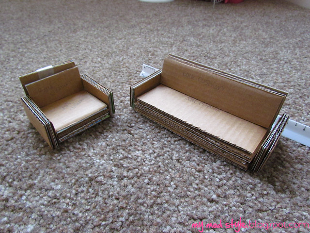 Dollhouse cardboard sofa and chair1