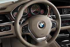2012 BMW 3 Series Sedan Picture and Video Gallery