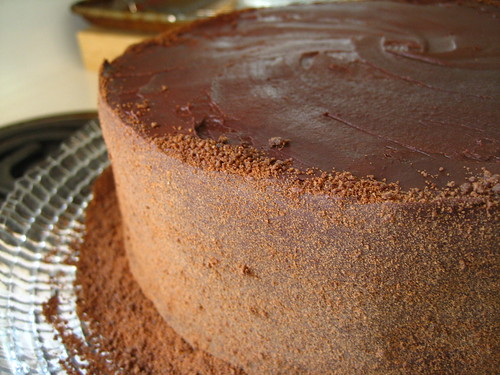 moist chocolate raspberry genoise