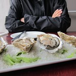 "Oysters! <a style=""margin-left:10px; font-size:0.8em;"" href=""http://www.flickr.com/photos/14315427@N00/6271413623/"" target=""_blank"">@flickr</a>"