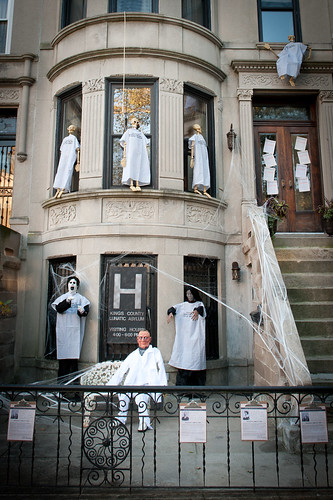 Halloween Decor Reveal Welcome To The Asylum Brooklyn