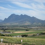 "Stellenbosch Valley <a style=""margin-left:10px; font-size:0.8em;"" href=""http://www.flickr.com/photos/14315427@N00/6273545174/"" target=""_blank"">@flickr</a>"