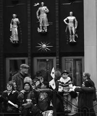 Parade Watchers (Ed Newman) Tags: newyorkcity newyork 5thavenue gothamist hispanicdayparade hispanicday newyorkparades newyorkstreetphotography
