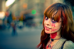 Enchanting ghost (Fabio Sabatini) Tags: halloween argentina girl canon 50mm blood buenosaires cosplay bokeh vampire zombie f14 boke estefania コスプレ 维基百科 zombiewalk ハロウィン ボケ 血液 kosupure 暈け 万圣夜
