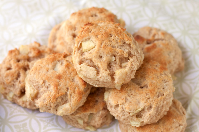 Apple Cinnamon Biscuits