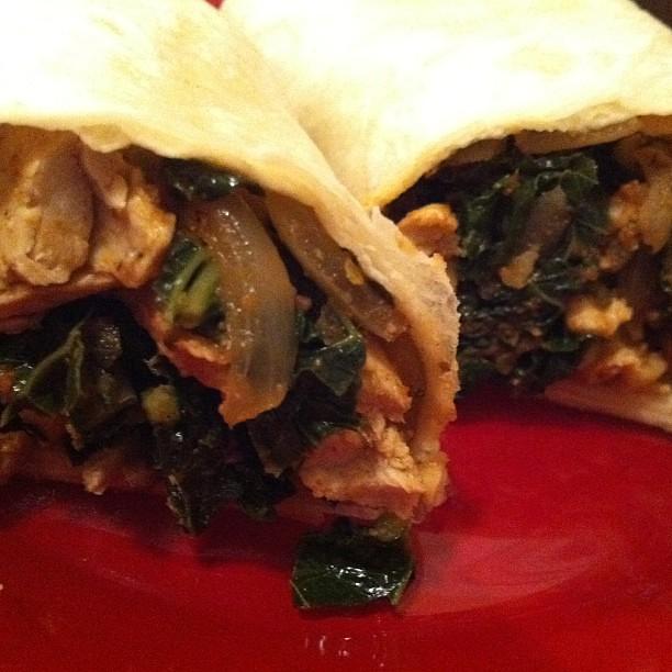 Chik'n'kale burritos