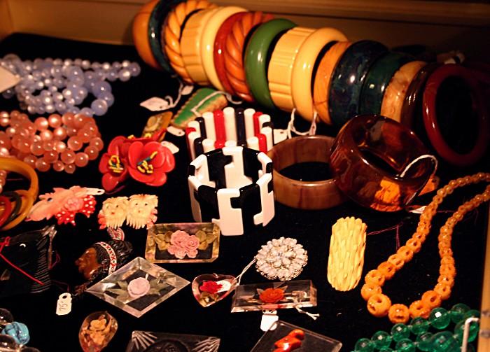 plasticjewelry