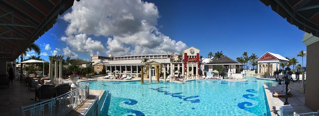 Piscine et terrasse Balmoral  - Sandals Royal Bahamian - Nassau, Bahamas