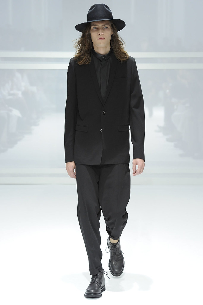 Marcel Castenmiller3305_SS12 Paris Dior Homme (VOGUEcom)