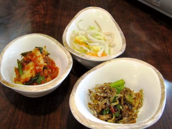 おかず 韓国伝統家庭料理 本家(ボンガ)