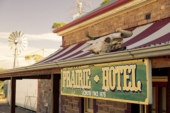 Prairie Hotel, Parachilna