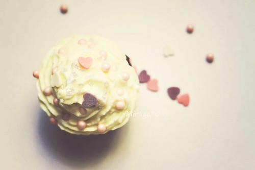 hearts on cupcake