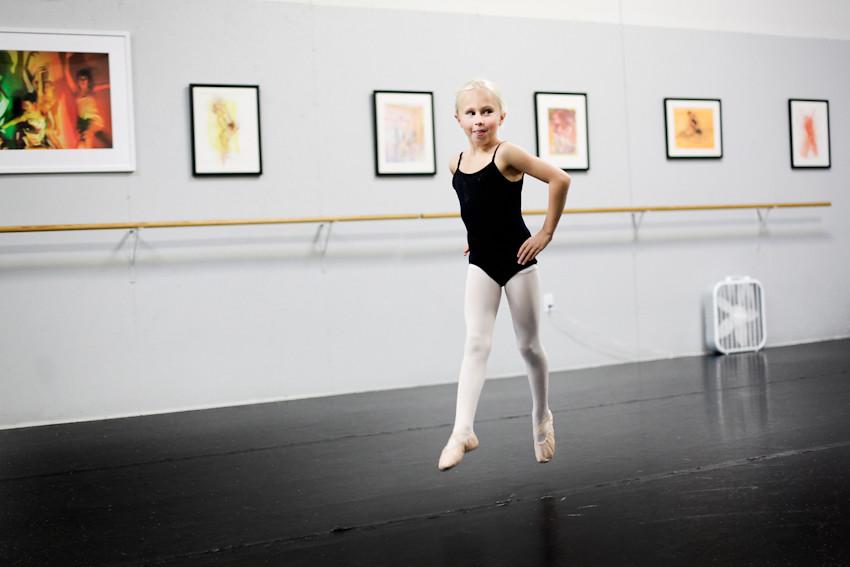 100511 008a ballet instruction ak