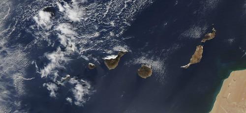 Erupciones submarinas en El Hierro - Vista desde Satélite Aqua (NASA) (14/10/2011)