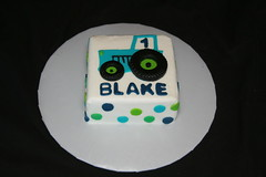 "Blue and green smash cake • <a style=""font-size:0.8em;"" href=""http://www.flickr.com/photos/60584691@N02/6248020504/"" target=""_blank"">View on Flickr</a>"