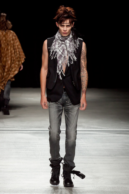 SS12 Tokyo HEADL_INER045_Simon Kotyk(Fashion Press)