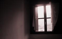 "Un poco de luz (Valle Siles) Tags: light sun luz sol cortina window glass wall ventana pared hope curtain finestra openwindow cristal solution esperanza solucion vidre ventanal ventanaabierta ""flickraward"" musictomyeyeslevel1"