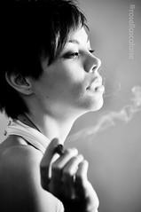 Please not smoking (8) (Rosella Scalone Mia) Tags: nikon eva ombra luce biancoenero bellezza fumo scuro sigaretta profilo chiaro modella d90 pleasesmoking