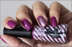 Violet Nails (Lelê Breveglieri) Tags: violet polish nails risque unha esmalte apurovioleta
