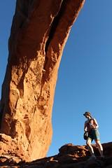 Liz in Arches National Park (TSGarside) Tags: utah arch moab archesnationalpark canon500d northwindowarch tsgarside timgarside