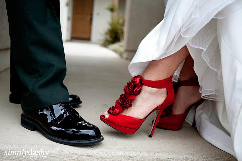 25_0839_BrideGroomShoes