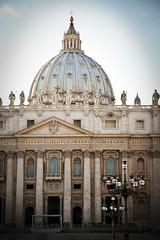 Piazza San Pietro, Vaticano (apfff) Tags: voyage trip italy vatican rome roma canon italia basilica vaticano cupola 5d sanpietro markii wycieczka bazylika kopua watykan wpiotra