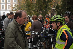Simon Hughes MP (Zefrog) Tags: uk england london bike cycling mp oval libdems zefrog tourdudanger