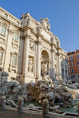 """fontana di Trevi • <a style=""""font-size:0.8em;"""" href=""""http://www.flickr.com/photos/89679026@N00/6340411785/"""" target=""""_blank"""">View on Flickr</a>"""