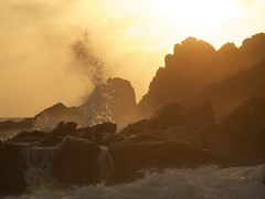 IMG_2863 (Paul Gillard) Tags: beach cornwall surf shoreline romantic eveninglight breakingwave seaspray porthchapel cornishcoast craggyrocks porthchapelbeach