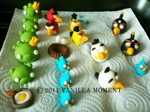 Angry birds sugar models: waiting for make up