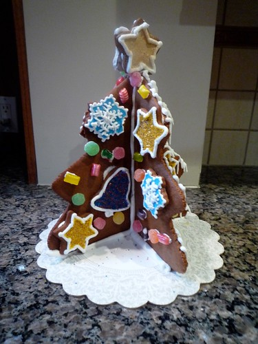 Gingerbread Tree with Star (small)
