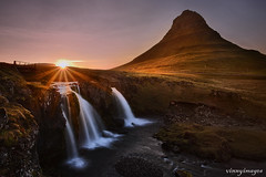 Setting sun in Iceland (Vinnyimages) Tags: sunset iceland waterfalls kirkjufell snaefellsnes specland westiceland mtkirkjufell vinnyimages wwwvinnyimagescom icelandtravels