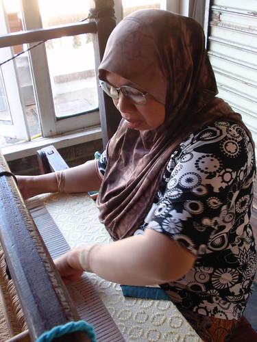 Kota Bahru Songket weaver