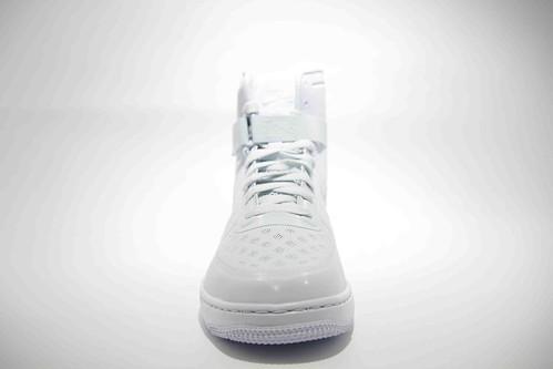 Nike Womens Hyperfuse Aura_02