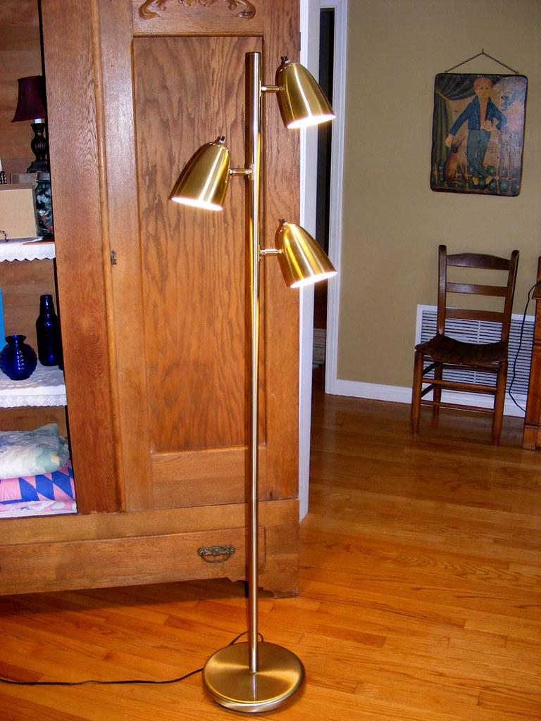 Vintage Mid century style Brass Three light Pole / Floor Lamp-$60