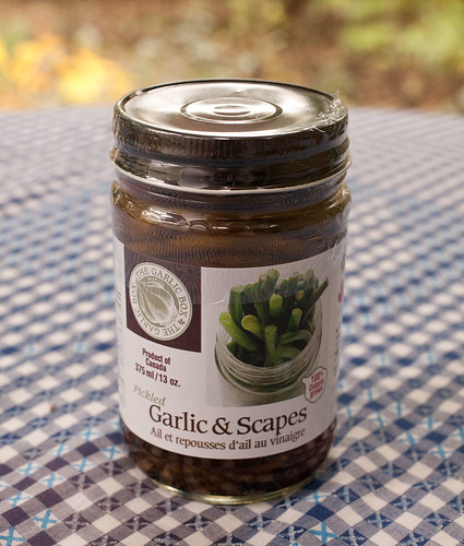 Garlic cloves & scapes