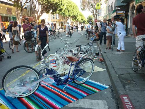 2011_1022_sundaystreets23
